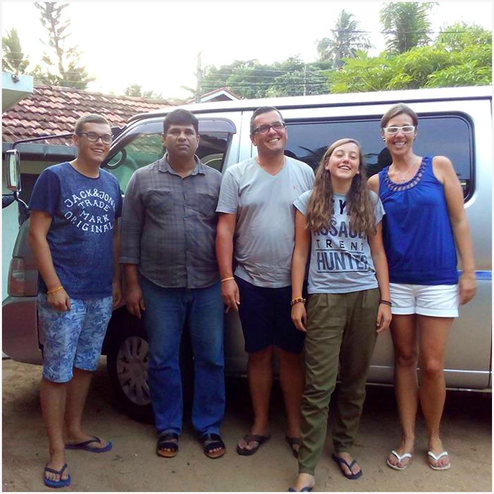 G11 - Sri lanka senuvi tours